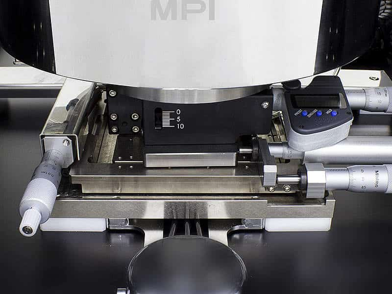 MPI TS200-THZ - Standard 10 mm Fine Z Adjustment and Optional XY-Theta Micrometer Movements